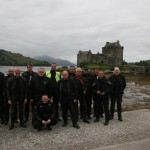 Gruppe vorm Eilean Donan Castle