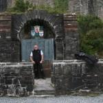 Heinz-Jürgen vorm Eilean Donan Castle